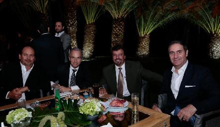 Carlos Sánchez, Francisco de la Rosa, Héctor Gómez y Luis Antonio Mahbub.