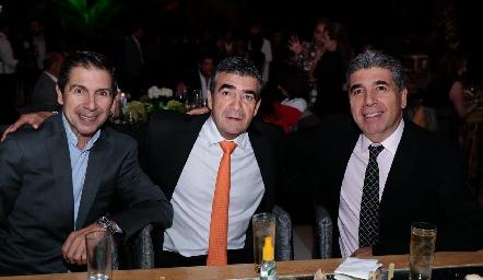 Abraham, Horacio y Rafael Tobías.