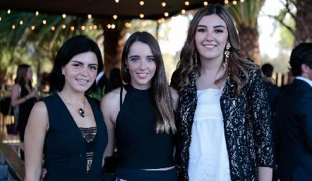 Daniela de los Santos, Ana Paula de los Santos y Ana Gaby Motilla.