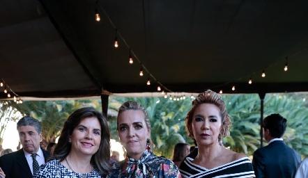 Marisa Mercado, Mimí Hinojosa y Isabel Carrillo.