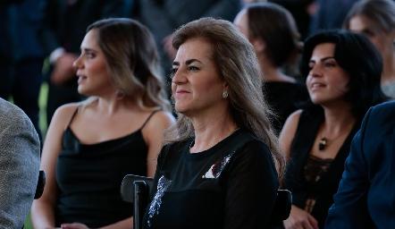 Adriana Carrera.