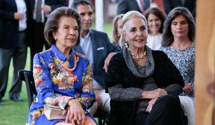 Melita de Tobías y Mimí de Hinojosa, abuelas del novio.
