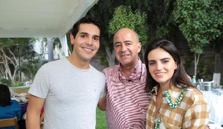 Mauricio Tobías, Rafael y Adriana Olmos.