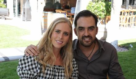 Ingrid Velasco y Rafa Olmos.