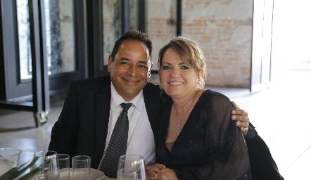 Héctor Gloria y María Elena Contreras.