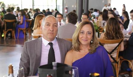 Humberto Morones y Cristina Guerra.
