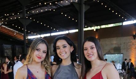 Alejandra Flores, Amy Valle y Adri de la Fuente.