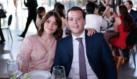 Renata Nava y Francisco Alonso.