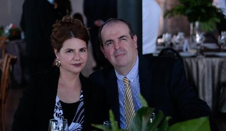 Alma Martell y Lorenzo Rodríguez.