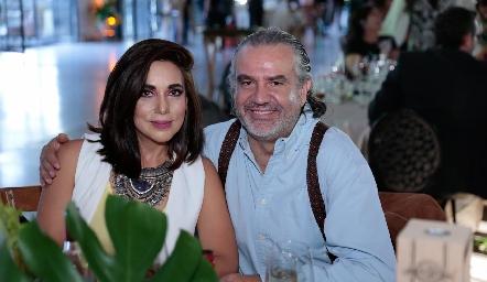 Gabriela Martínez y Rafael Piñero.
