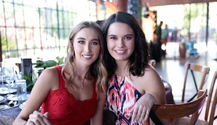 Sofía Vallejo y Natalia Hampshire.