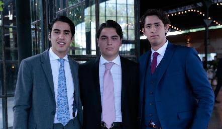 Enrico Santoyo, Daniel Berrones y Diego Acosta.