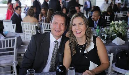 Gonzalo Siller y Gaby Berrón.