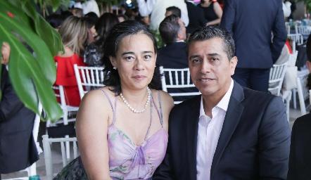 Cinthya González y Oscar Pérez.