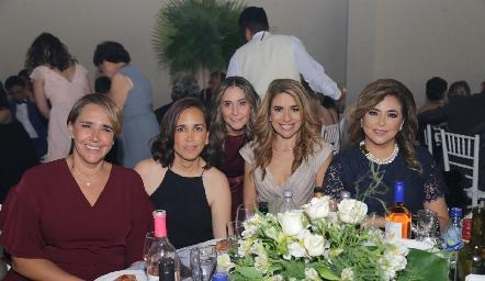 Adriana Valle, Elisa Urías, Martha Chalita, Marisol Ávila y Anyul Martínez.