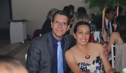 José Ledezma y Alejandra Guadalupe.