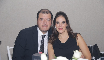 David Regil y Edith Pérez.