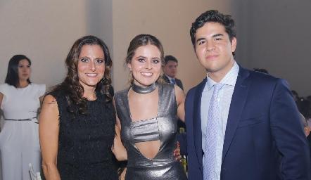 Gabriela Medlich, Faride Pérez y Fernando Abaroa.