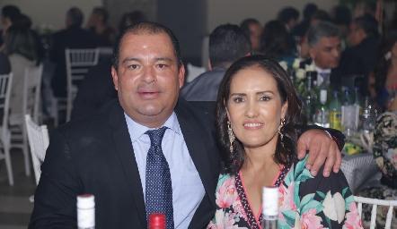 Oscar González y Rocío López.