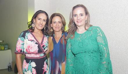 Rocío López, Daniela Coulon y Mariel León.