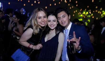 Ana Isa Jonguitud, Montse Bedolla y José Miguel Ruiz.