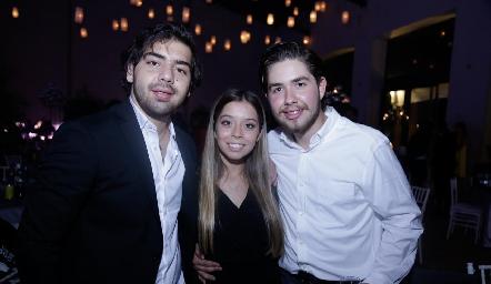 Juan Pablo Payán, Natalia Gaviño y Humberto Abaroa.