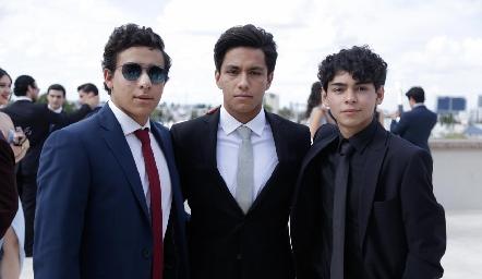 Edgar Jiménez, José Rodríguez y Jorge Emilio.