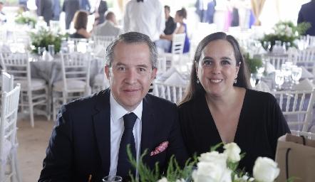 Mario Pérez y Lucero Silos.