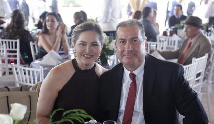 Lupita Castillo y Manuel Varela.