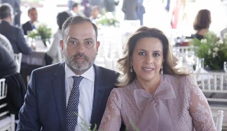 Eduardo Zepeda y Érika Rodríguez.