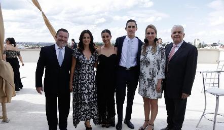 Rodrigo Gómez, Mónica Galarza, Lorea Gómez, Marcelo Rodríguez, Meritchell Galarza y Gerardo Rodríguez.