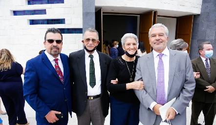 Javier Gómez, Víctor Gárate, Lucía Gómez de Gárate y Jerónimo Gómez.