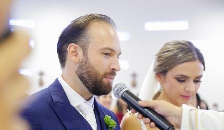 Armando Cosío y Paola Torre.