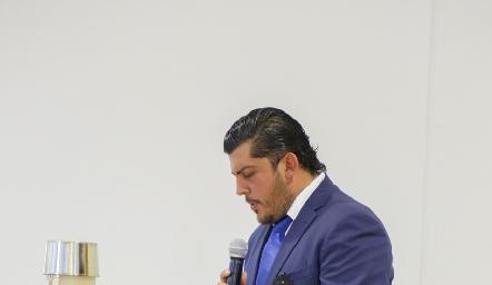 Héctor Gómez.