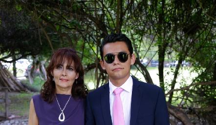 Lupita Vázquez y Mauricio Preciado.