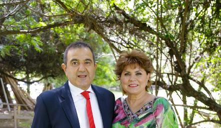 Antonio Musa y Maru Celis.