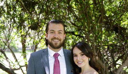 Gonzalo Eggleton y Camila Duque.