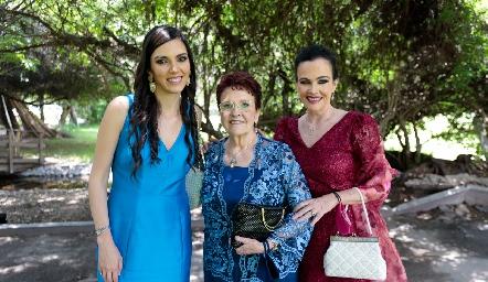 Ana Torre, Gela Valle y Lourdes Gómez.