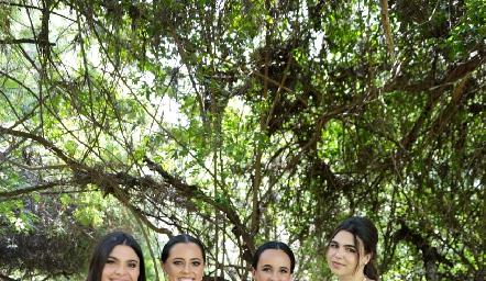 Cata Esper, Montse, Ceci García y Mari Gómez.
