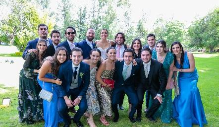 Primos Gómez acompañando a los recién casados.