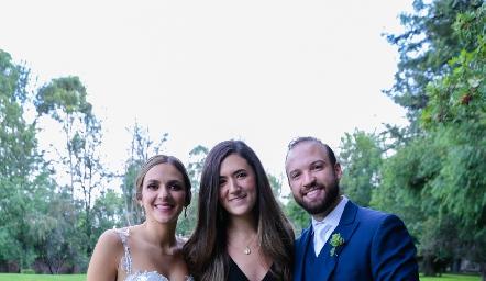 Paola Torre, Ana Paula González y Armando Cosío.