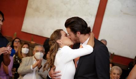 Pau Aguirre y Roberto Lozano ya son esposos.