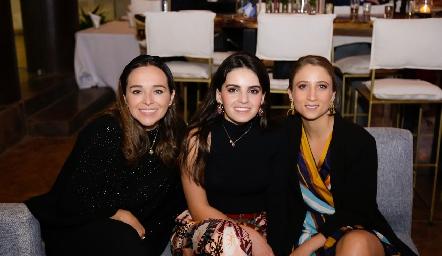 Marifer Ramírez, Adri Olmos y Sofía César.