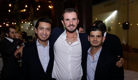 Rafa Villanueva, Jorge Gómez y Oscar Cabrera.