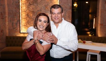 Ylenia Rodríguez y Arturo Estrada.