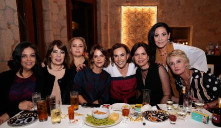 Ale Martínez, Bety Canseco, Güera Gutiérrez, Vero Malo, Ylenia Rodríguez, Alejandra Martínez, Ana Luisa Lujambio y Güera Valle.