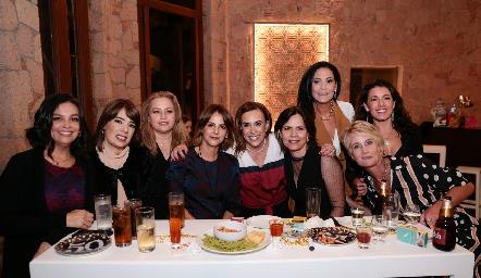 Ale Martínez, Bety Canseco, Güera Gutiérrez, Vero Malo, Ylenia Rodríguez, Alejandra, Ana Luisa Lujambio, Cristina Puga y Güera Valle.