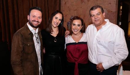 Francisco de Alba, Vanessa Rodríguez, Ylenia Rodríguez y Arturo Estrada.