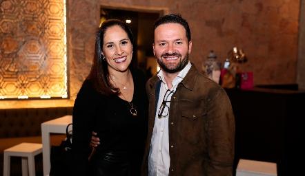 Vanessa Rodríguez y Francisco de Alba.