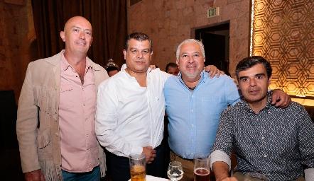 Francisco Artolózaga, Arturo Estrada, Guillermo Báez y Poncho Ortiz.
